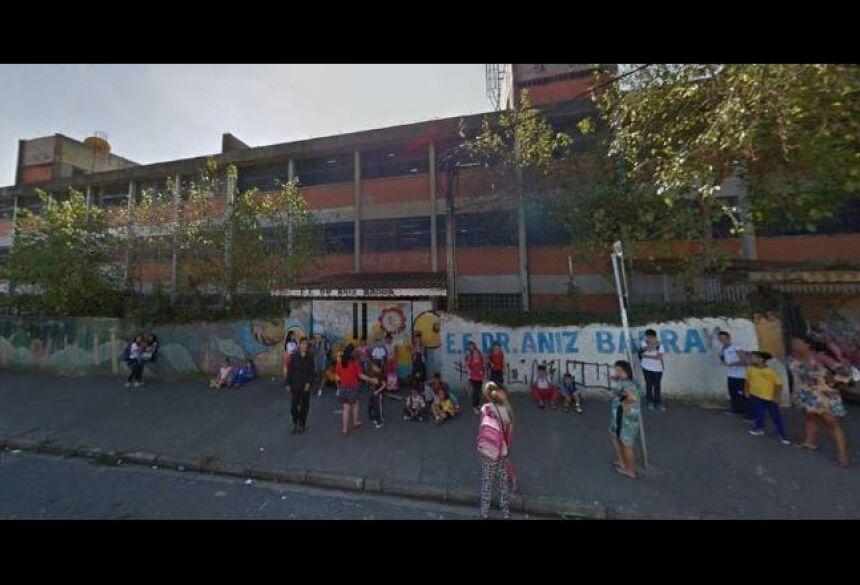 Vista externa da Escola Estadual Dr. Aniz Badra, na capital paulista - Reprodução/Google Maps