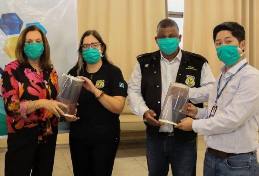 Missão Caiuá e Agepen recebem doação de protetores faciais da Inova UNIGRAN