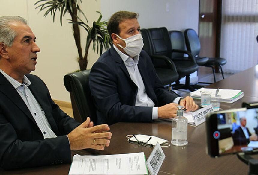 Foto: Chico Ribeiro - Governador de MS participou de videoconferência acompanhado do secretário estadual de Fazenda, Felipe Mattos