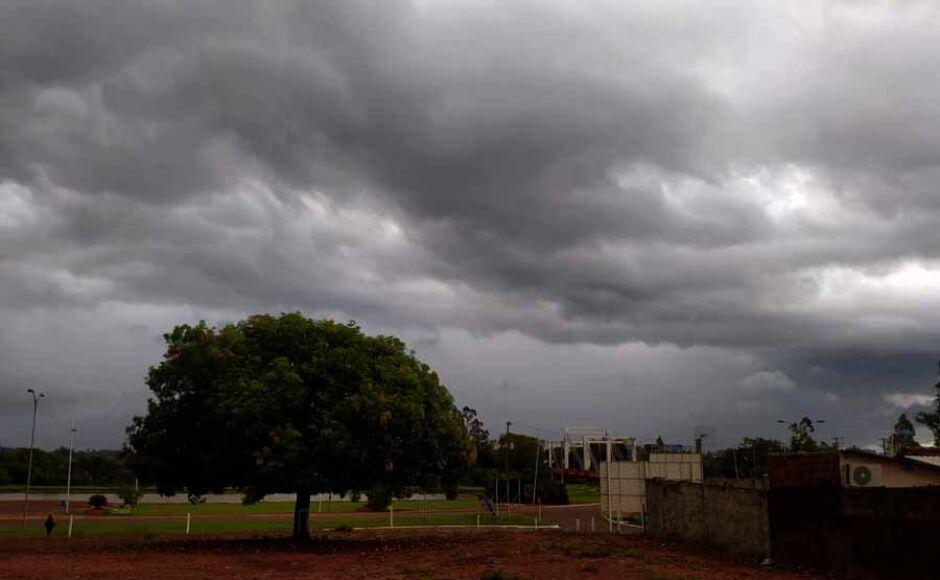 Alerta de chuva forte e ventania no Sul do Brasil