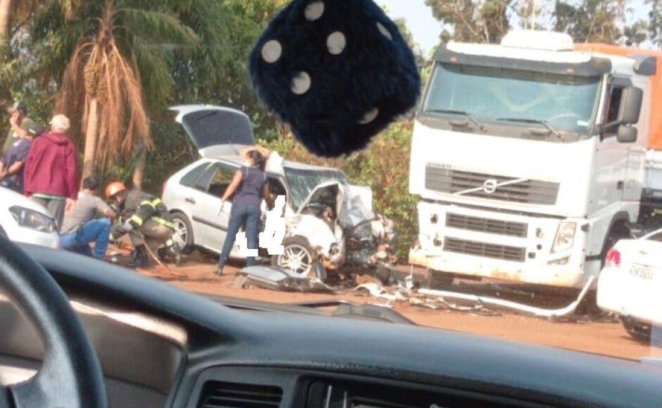 Bombeiros são acionados para atender acidente entre Fátima do Sul e Dourados