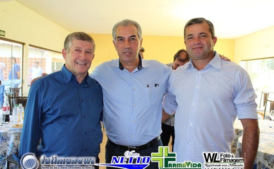 Confira as FOTOS da entrega de obras e assinatura de ordem de serviços de Reinaldo Azambuja em Jateí