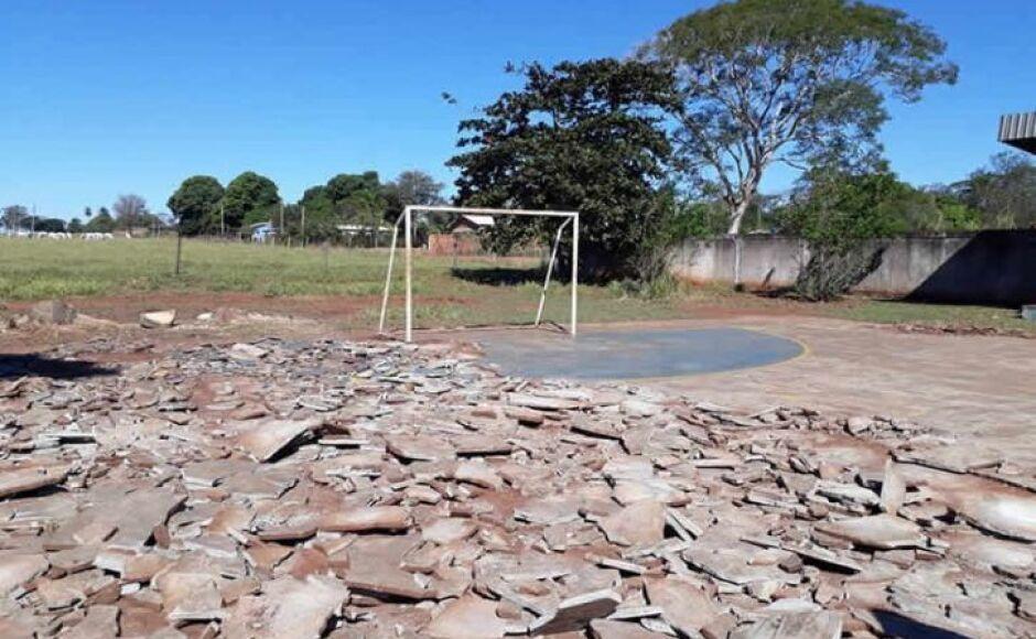 DEODÁPOLIS: Sem quadra poliesportiva, jovens cobram cumprimento de promessa de prefeito