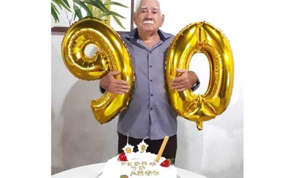 Pedro, taxista mais antigo comemora 90 anos em Fátima do Sul