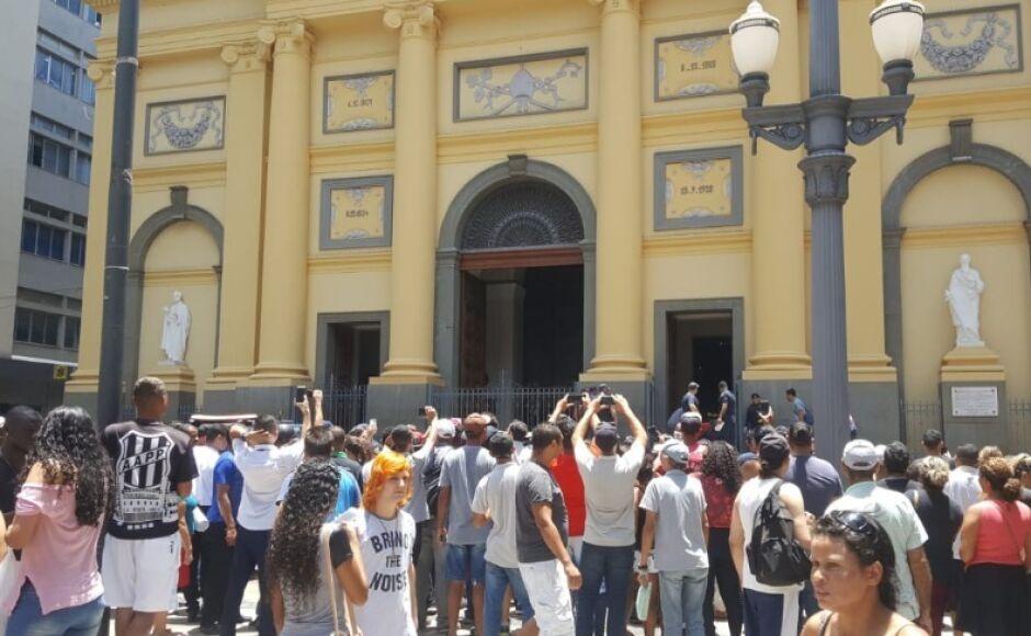 Ataque dentro da Catedral deixa ao menos cinco mortos em Campinas