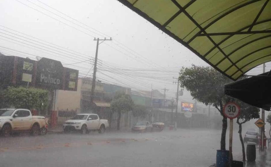 Quaresma inicia com chuva em Fátima do Sul