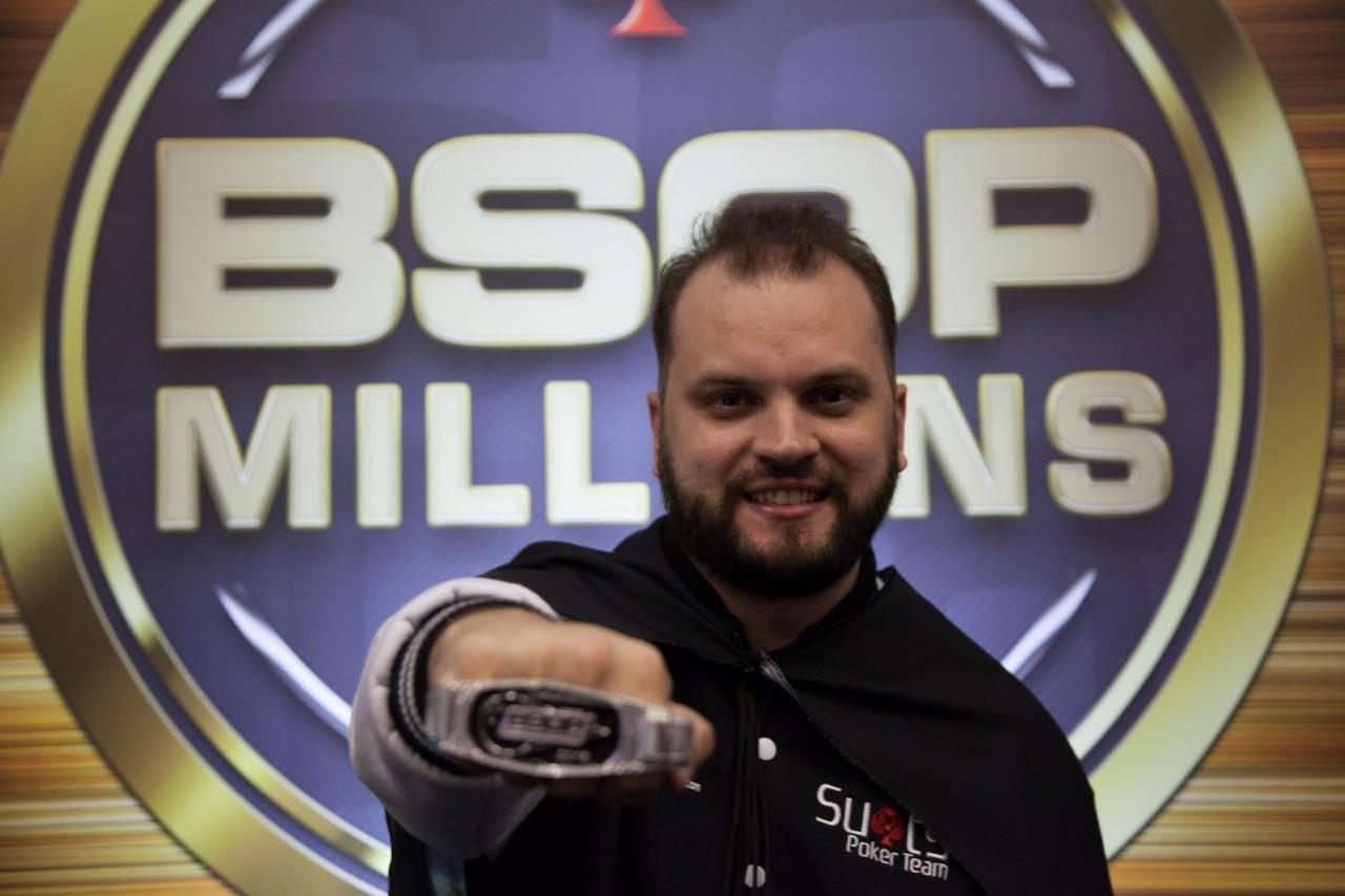 Resultado de imagem para Saulo Sabioni poker