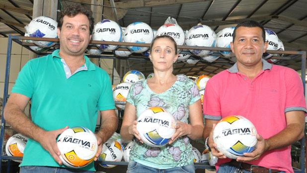 Kagiva a bola do futsal do Brasil, será também a bola oficial da 15ª ... - Fatima News