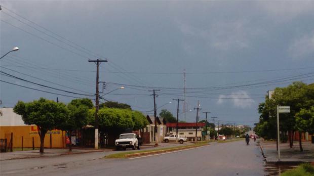 Domingo tem previsão de dia nublado, mas começa ensolarado em Pernambuco