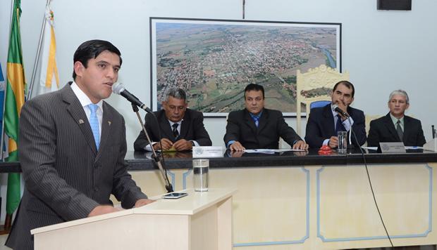 Prefeito concede e Câmara aprova incentivo de R$ 1 mil aos Agentes Comunitários em FÁTIMA DO SUL