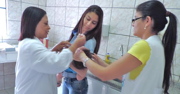 Postos de saúde realizam dia D de vacinação neste sábado