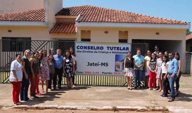 FOTO: ASSESSORIA - Prefeito oficializa novas instalações para o Conselho Tutelar em JATEÍ