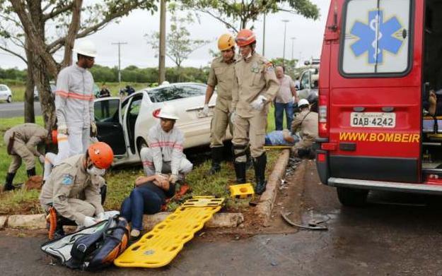 FOTO: MIDIA MAX - Dois dos 5 servidores da Prefeitura feridos em acidente passam por cirurgia