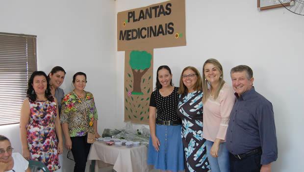 FOTO: LUCAS MOURA - Projeto Plantas Medicinais é desenvolvido com idosos em JATEÍ