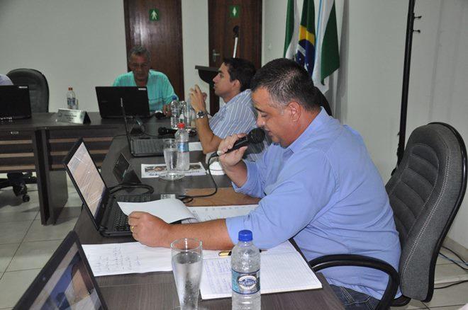 Foto: Eliton Santos / Impacto News - Concessionárias que não taparem 'buracos de obras' em vias publica serão multadas