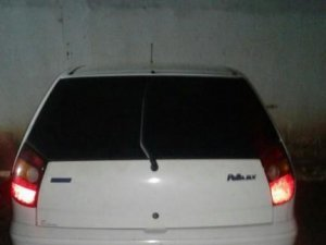 Carro em que traficantes usavam para vender drogas na região central, segundo Guardas Municipais (Foto: divulgação/Batalhão de Choque)