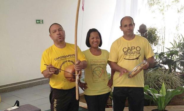 Mestres Elias e Gilvan criador da capoterapia viaja para Brasília adquirir experiência e capacitação