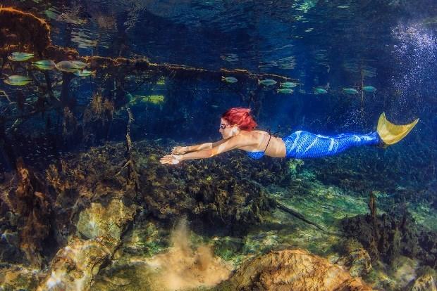 Publicitária vira sereia em ensaio fotográfico em Bonito, MS (Foto: Marcio Cabral/ Arquivo Pessoal)