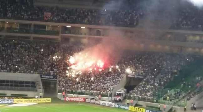 Confusão e tumulto torcida do Palmeiras no jogo contr o Sport