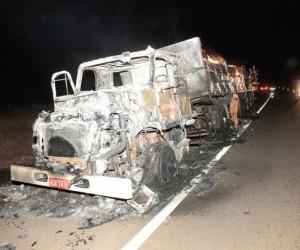 Causas do incêndio podem ter sido por vazamento de diesel - Foto: Divulgação/Edição MS