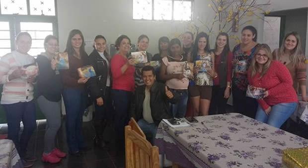 Saúde e Fotógrafo Eliton Santos lançam projeto para promover o pré-natal da gestantes em DEODÁPOLIS