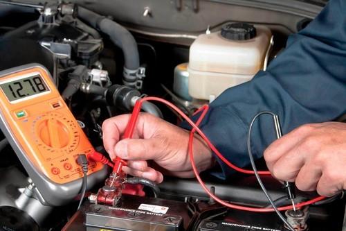 Eletrecista de veículos, uma dos empregos oferecidos (gogoogle)
