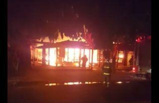 Comércio é consumido pelas chamas em Itaporã