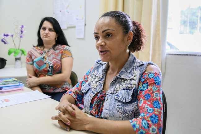 A diretora Carla afirma que caso afetou a rotina dos mais de 230 alunos da escola, no bairro Tifa Monos | Foto Eduardo Montecino/OCP