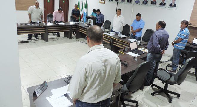FOTO: ELITON SANTOS / IMPACTO NEWS - Câmara homenageia Cirene Passarine e vereadores destacam ações de ex-primeira