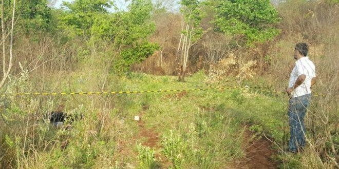 Segundo os investigadores, a vitima teria sido executado e posteriormente levado ate o local onde foi queimado