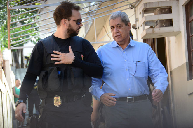 Ex-governador durante condução coercitiva em maio. - Foto: Bruno Henrique/Arquivo Correio do Estado