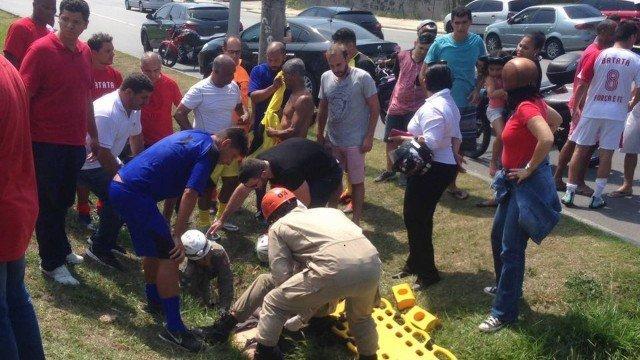 Romário se envolve em acidente com motociclista no Rio de Janeiro